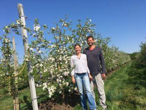 Marc en Jacoba voor appelbloesem